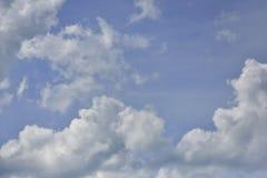 cloud cumulusu b??kit nieba white obraz stock