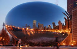 Cloud Gate (The Bean) in Chicago, Illinois Stock Images