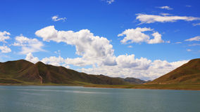 The cloud and mountain of tibet Stock Photography