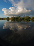Cloud reflection in water Royalty Free Stock Photos