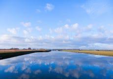 Cloud reflexionen Royaltyfria Foton