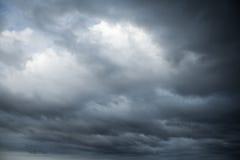 cloud samochodów promie ciemnej formy burzliwe widok Naturalna fotografii tła tekstura Fotografia Royalty Free
