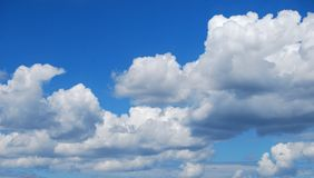 Cloud scape. Bright cloud formation in sky during spring Stock Photography
