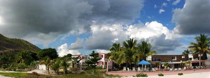 clouds ön maarten över st Royaltyfria Bilder