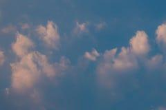 clouds aftonskyen Royaltyfria Bilder