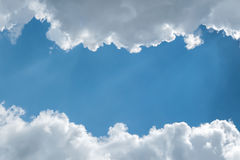 Clouds against the blue sky Royalty Free Stock Photos