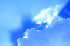 Clouds against a bright blue sky Royalty Free Stock Photos