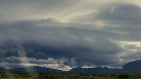 clouds berg över storm lager videofilmer