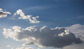 Clouds in blue skies Royalty Free Stock Images