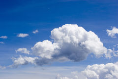 Clouds in a blue sky Royalty Free Stock Photos