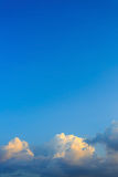 Clouds on clear blue sky Royalty Free Stock Photos