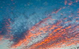 Clouds on a decline Royalty Free Stock Images