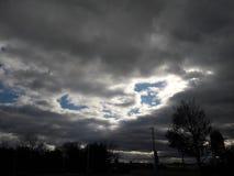 clouds den mörka dramatiska stormen Royaltyfri Foto