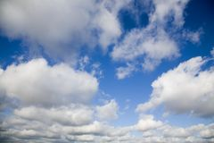 clouds fluffig white Royaltyfri Fotografi