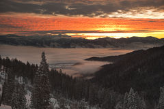 clouds inversionssoluppgång Royaltyfri Bild