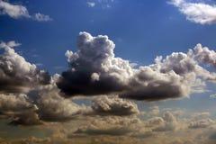 clouds majestätiskt Arkivbilder