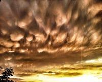 clouds mammatus Arkivbild