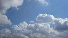 Clouds moving in blue sky Royalty Free Stock Photography