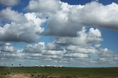 Clouds over grassland Royalty Free Stock Photography