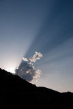 clouds spektakulära sunbeams Arkivfoton