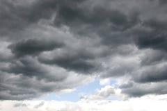 clouds stormigt Fotografering för Bildbyråer