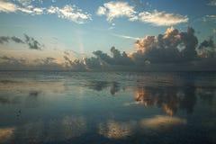 clouds tungt Fotografering för Bildbyråer
