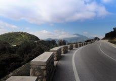 clouds vägen till Grekland meteors Royaltyfria Foton