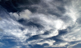 clouds whispy Royaltyfri Foto