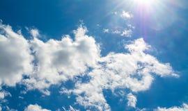 Cloudscape在一好日子 免版税图库摄影
