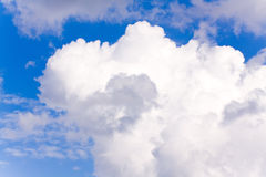 cloudscape日神的夏天 免版税库存照片