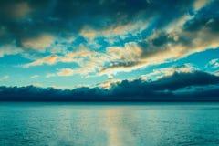 Cloudscape πέρα από τη θάλασσα Στοκ Εικόνα