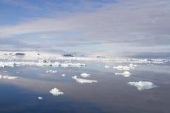 Cloudscape στον ανταρκτικό ήχο Στοκ Φωτογραφία