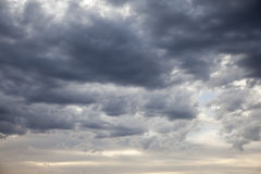 Cloudscape -风暴前面 免版税库存照片