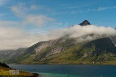 Cloudscape au-dessus de Lofoten Images stock