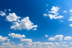 Cloudscape background of sunny blue sky Royalty Free Stock Photos