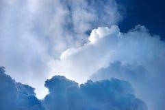 Cloudscape blu drammatico fotografia stock