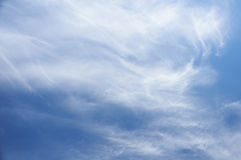 Cloudscape clair de ciel bleu Image libre de droits