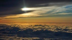 Cloudscape con Sun Foto de archivo libre de regalías
