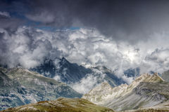 Cloudscape de montagne Photos stock