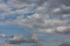 Cloudscape do céu da mola Foto de Stock Royalty Free