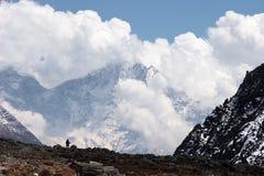 cloudscape himalaya nepal Arkivbilder