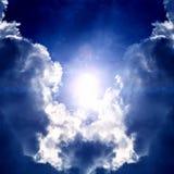 Cloudscape met een Licht Stock Foto