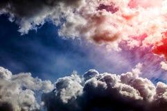 Cloudscape met een Zonlicht Royalty-vrije Stock Fotografie