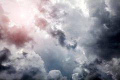 Cloudscape met een Zonlicht Stock Fotografie