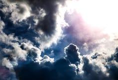 Cloudscape met een Zonlicht Royalty-vrije Stock Foto