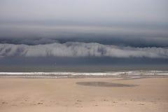 cloudscape na plaży zdjęcie royalty free