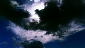 Cloudscape oscuro almacen de metraje de vídeo