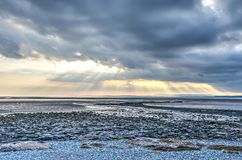 Cloudscape over Morecambe-baai stock foto's