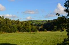 Cloudscape sobre los campos de Devon del norte Foto de archivo libre de regalías