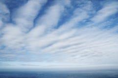 Cloudscape sobre o mar imagens de stock royalty free